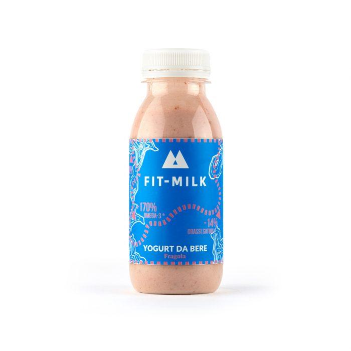 Yogurt da bere alla fragola prodotto da latte da erba, latte grass fed